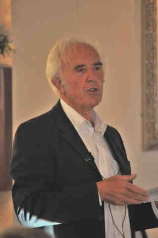 Lecturer Peter Christie