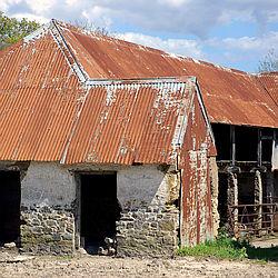 Barn & linhay at Cuma Court, Devon